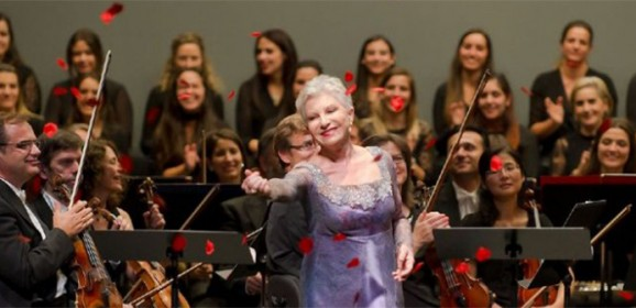 La soprano Mariella Devia, elegida mejor cantante lírica en España por su concierto en Galicia